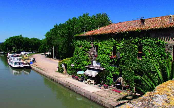 Minervois Cruisers hire base at Le Somail, a village renowned for it's boating associations