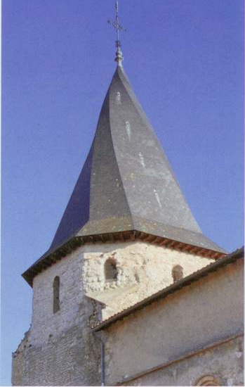 Twisted spire of the church in Serignac